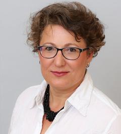 Andrea Khom
